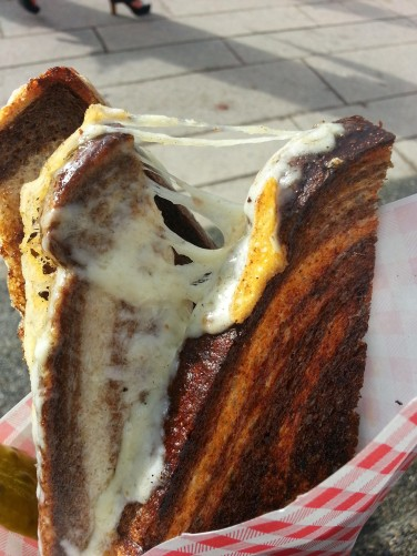 This here is from Mom's Grilled Cheese, a food truck near the Vancouver Art Gallery. I ate this harvarti on marble rye lunch with the pigeons squawking at me.