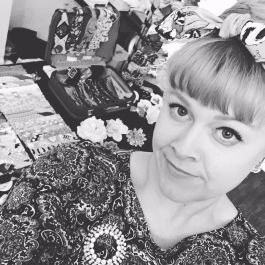 Gracie Klutz showing off her PinUps and fabulous bangs. Photo courtesy of: Gracie Klutz.