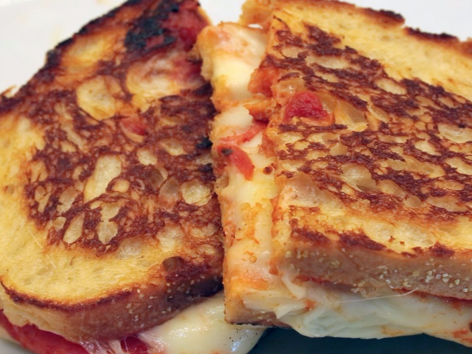 how-to-make-pizza-grilled-cheese