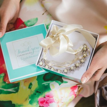 Unique bridesmaid custom crafted jewelry by Hattitude Jewellery. Photo by: Magnolia Studios.