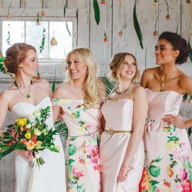 Bridesmaids in Hattitude Jewellery. Photo by: Magnolia Studios.